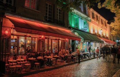 כשעיר האורות מתעוררת – חיי לילה וברים מומלצים בפריז